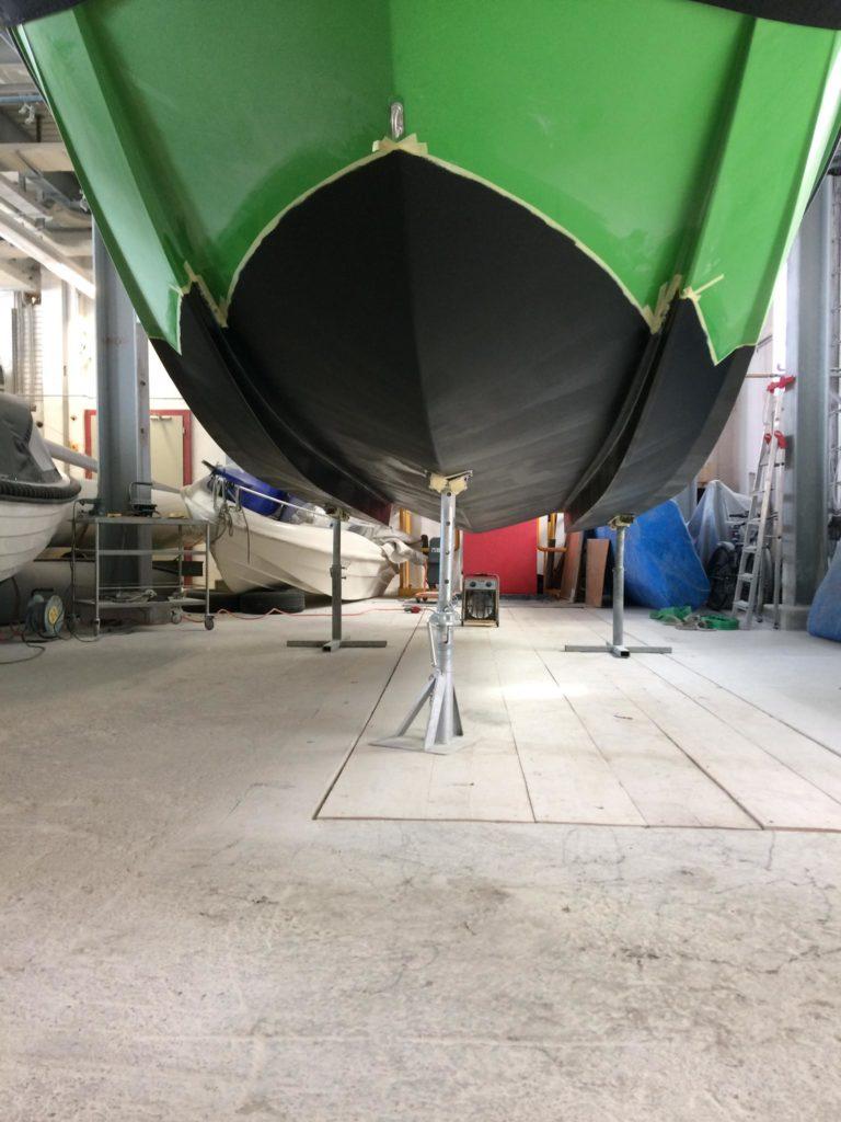 Antifouling Folierung - günstige Bootsfarben und Unterwasser sanierung - Finsulate Partner Schweiz